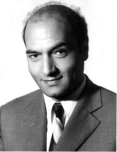 800px-Dr_Ali_Shariati